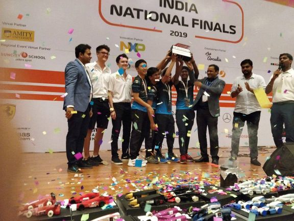 Highlanders won the National Finals of F1 in Schools (4)