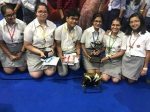 Highlanders win the 'Poetry Slam' competition (2)