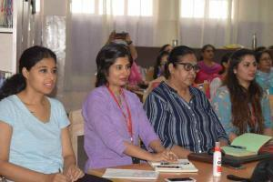 Workshop on Idiomatic Expressions for aspiring articulation (1)