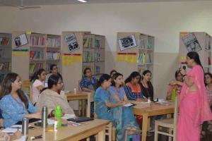Workshop on Idiomatic Expressions for aspiring articulation (3)